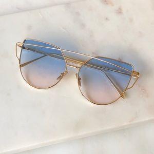 27a7a29d763 Accessories - Oversized Retro Cat Eye Gold Metal Frame Sunnies